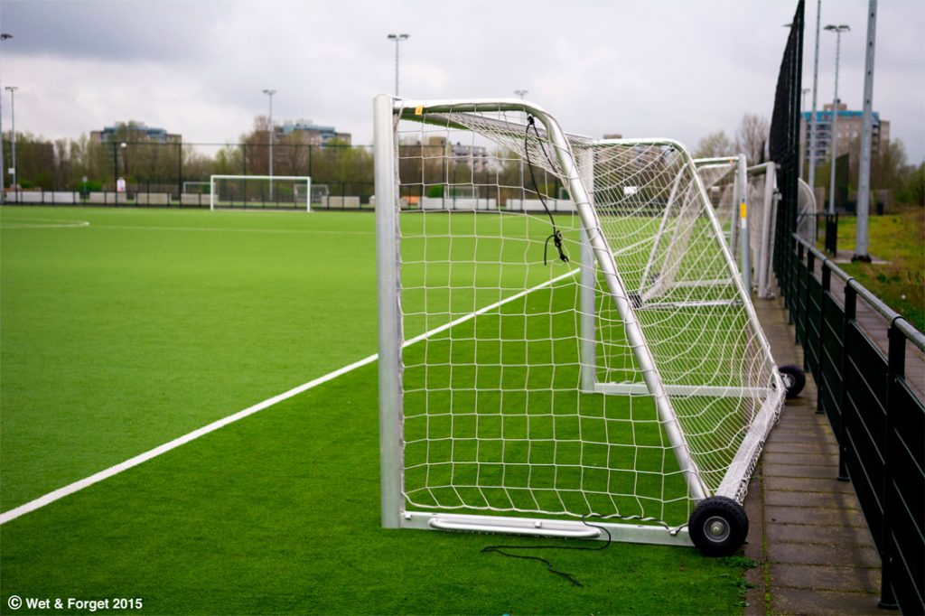 astroturf-football-pitch-r
