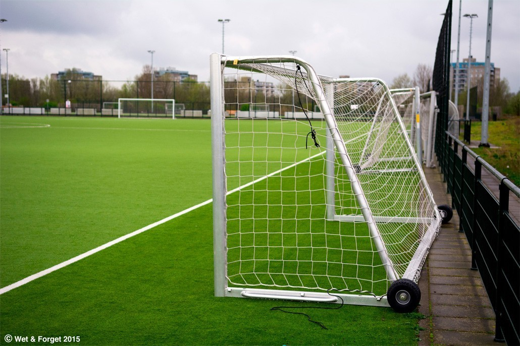 astroturf-football-pitch-r